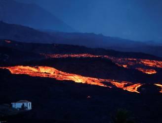 Lavastroom van vulkaan op La Palma nadert dorp La Laguna, 1.650 inwoners uit voorzorg geëvacueerd