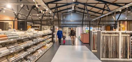 Paulien en William hebben het rijk alleen bij Boer Staphorst, nu winkelen op afspraak weer mag: 'Minder geroezemoes'