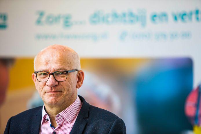 Jack Thiadens, bestuursvoorzitter ad interim van Haagse Wijk- en Woonzorg, van een organisatie op de rand van faillissement naar quitte draaien, rust onder medewerkers en een nieuw certificaat.
