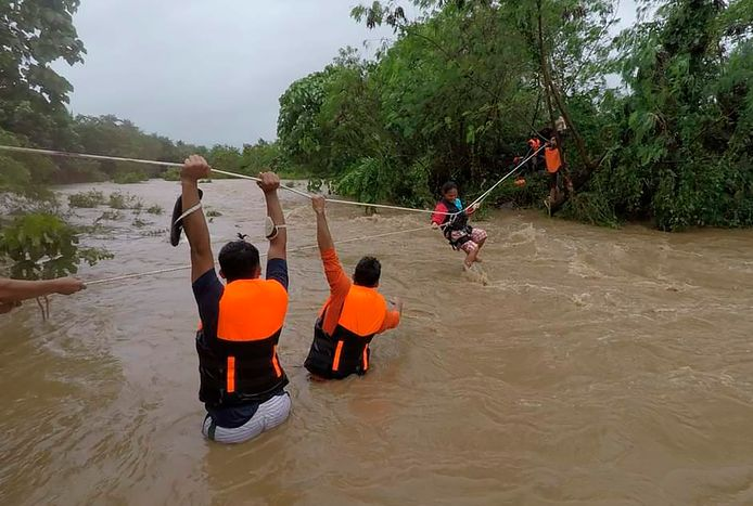 Des pluies diluviennes se sont abattues lundi sur des régions entières.