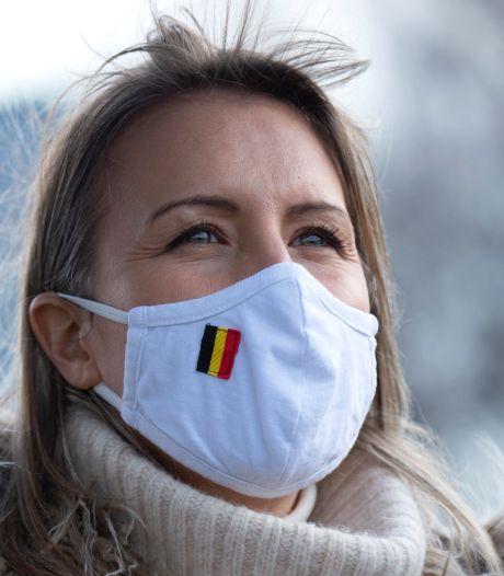 Dix des quinze millions de masques achetés par la Défense n'ont toujours pas été distribués