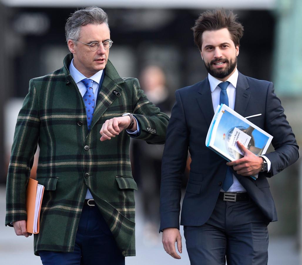 Les informateurs royaux Joachim Coens  (CD&V) et Georges-Louis Bouchez (MR).