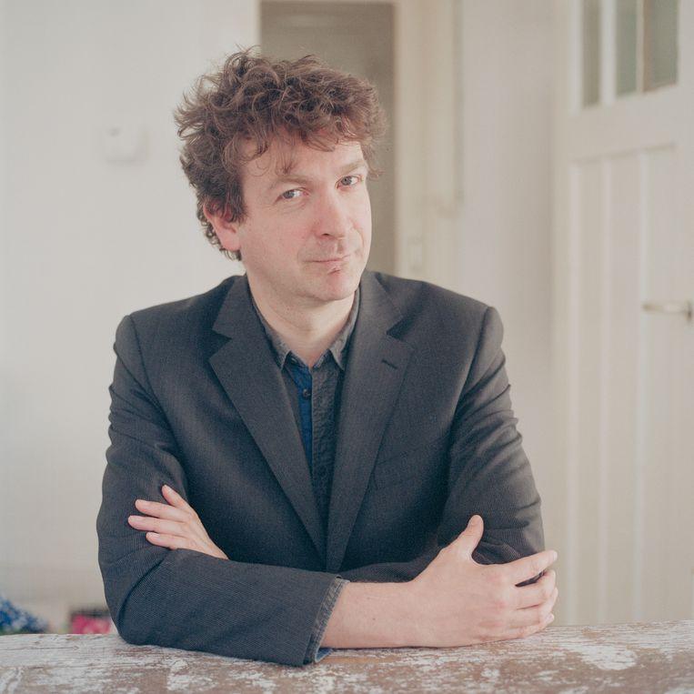 De Nederlandse dichter en schrijver Erik Lindner, schrijver en dichter. Beeld Hollandse Hoogte / Judith Dekker