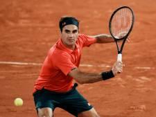 Federer stapt uit Roland Garros: 'Na twee knieoperaties moet ik goed naar mijn lichaam luisteren'