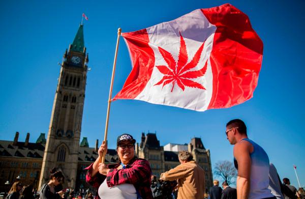 **Groen licht voor legalisering marihuana in Canada**