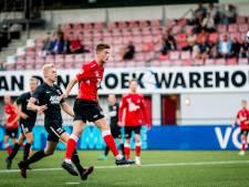 Helmond Sport doet ook tegen Jong AZ serieuze gooi naar wereldrecord kansen missen: 'Het is echt bizar'