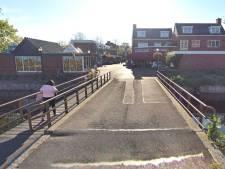 Plan voor nieuwe brug in Dorpsstraat valt niet in goede aarde bij ondernemers