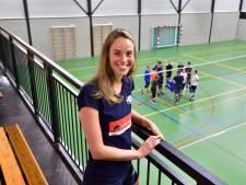 Laura Habets (VollinGo) kan bijna promoveren tot doctor: 'Volleybal is mijn uitlaatklep'