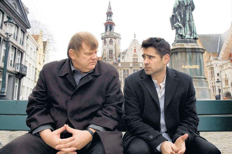 Brendan Gleeson en Colin Farrell wachten op de dingen die komen gaan ¿ in rollen die hen op het lijf zijn geschreven. Beeld