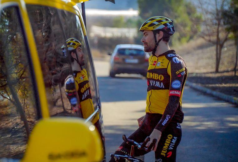 Tom Dumoulin tijdens het wintertrainingskamp in Spanje. Beeld photo: Cor Vos