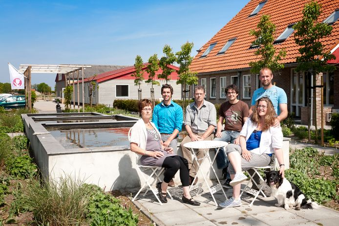 De familie Sweerde van De Strandhoeve, met vierde van links Michiel.