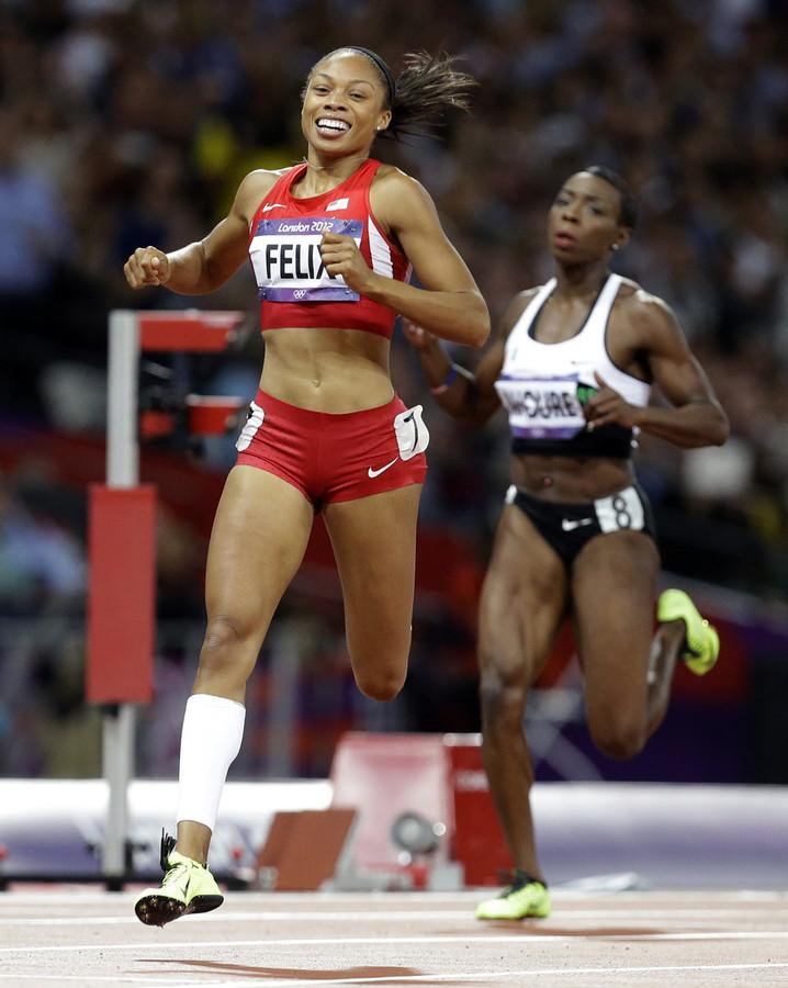 Het strakke lichaam van Olympisch kampioene op de 200 meter Allyson Felix