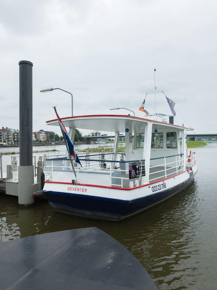 Een rondvaartboot in Deventer. Beeld Ivo van der Bent