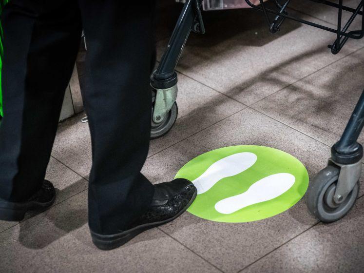 Ophef over coronauitbraak in Rijswijkse supermarkt: 'Besmette medewerkers zijn alweer terug'