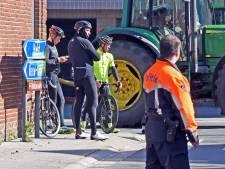 Burgemeester Hulst: 'Wielertoeristen zijn onverstandig bezig, ze komen gewoon hierheen, dat kan niet'
