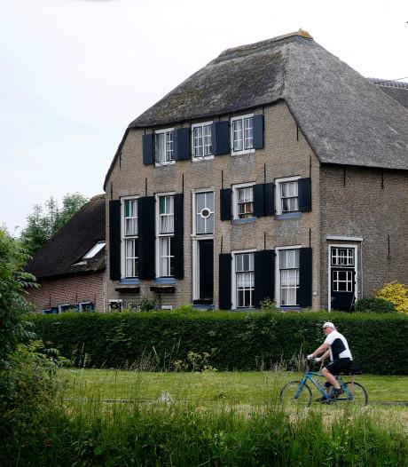 Het 'Hooge Huys' in Ottoland telt straks zes woningen