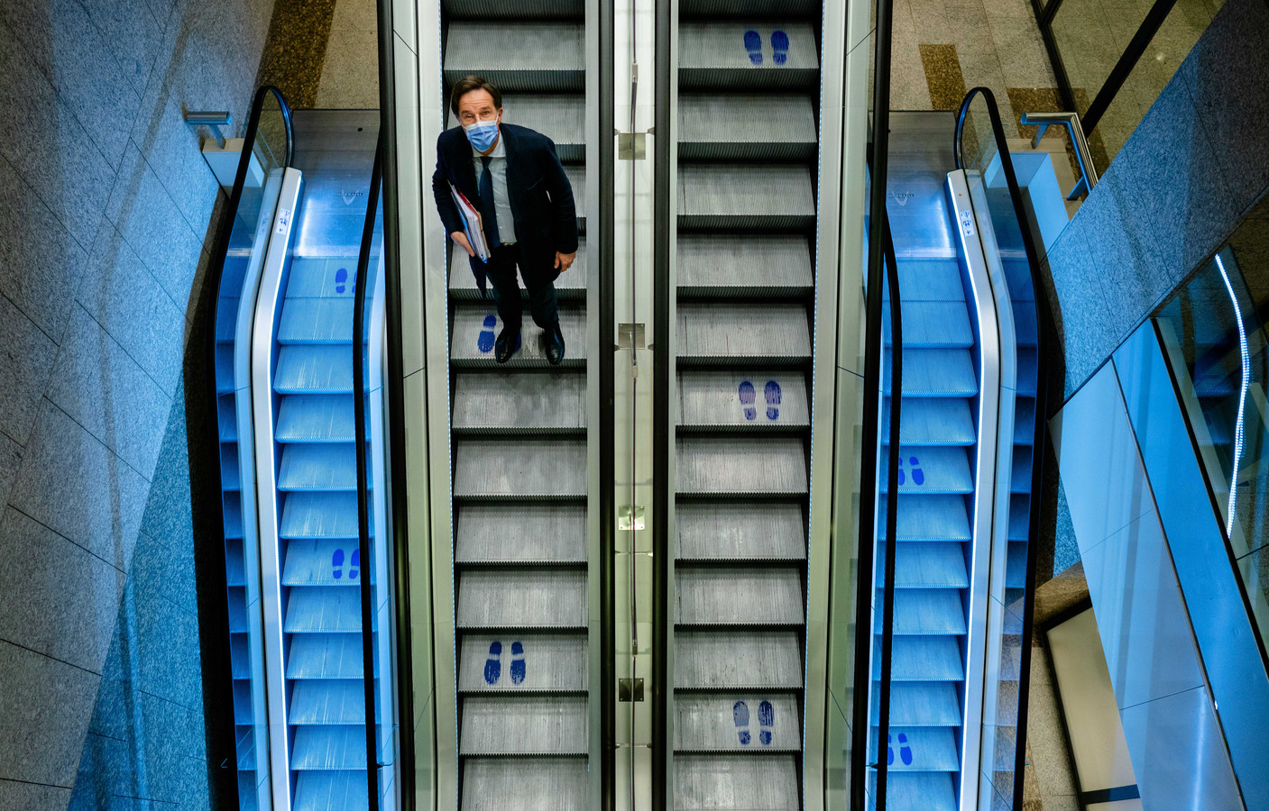 Ook premier Mark Rutte zelf liet dinsdag weten rekening te houden met de val van zijn kabinet vandaag om de toeslagenaffaire.