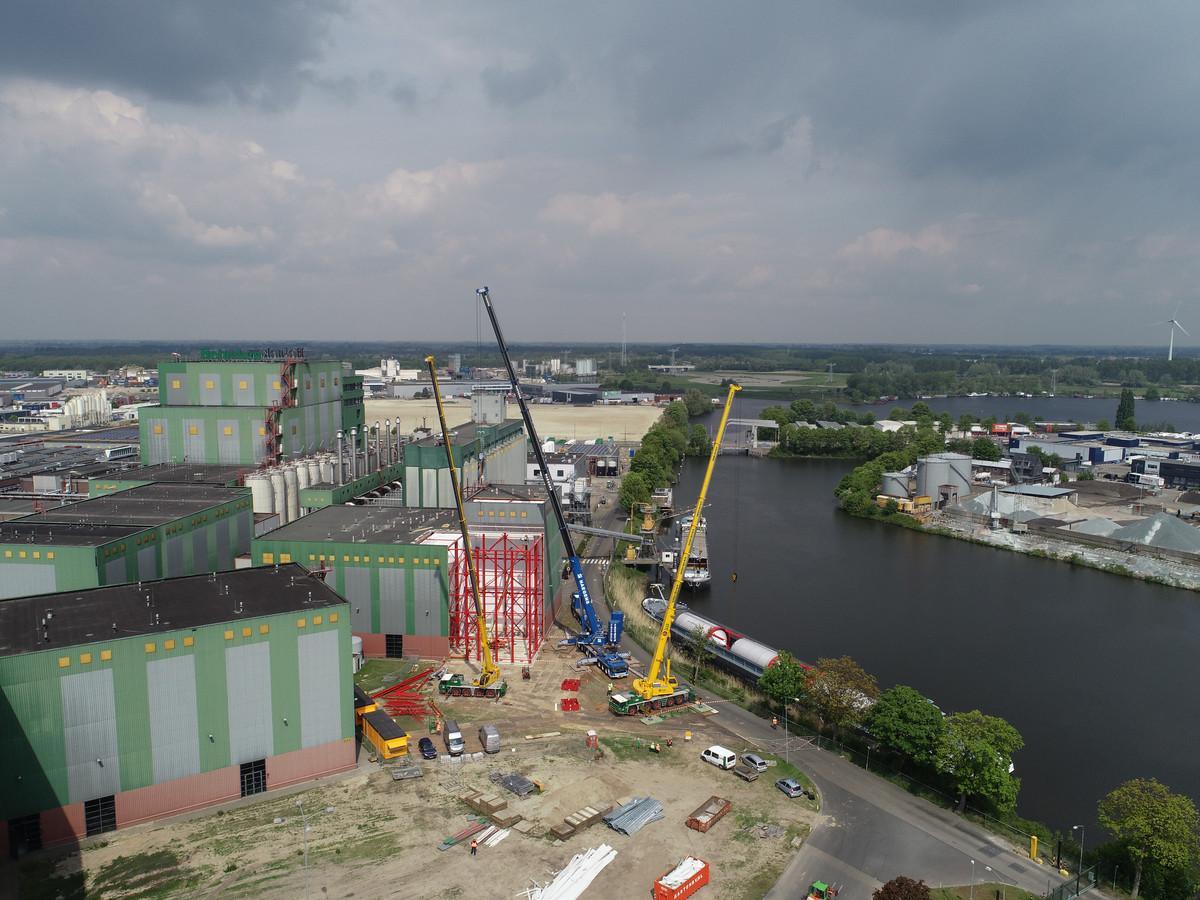 Werkzaamheden bij Heineken aan de Rietveldenweg.
