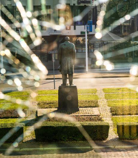 Politie dreigt gezichten jonge relschoppers Eindhoven op televisie te tonen