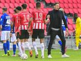 Bekijk hier hoe PSV mede dankzij twee krankzinnige minuten struikelt tegen SC Heerenveen