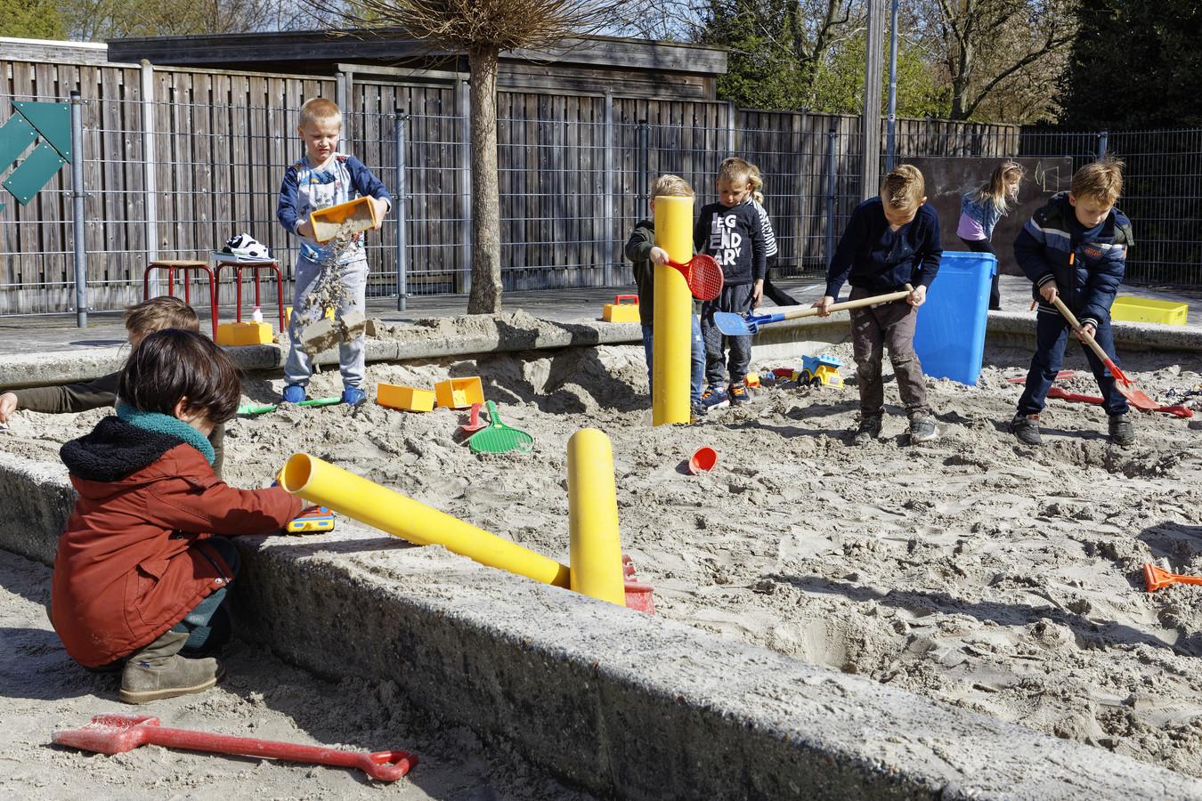 mariaschool vinkel spelen leren buitenspeeldag
