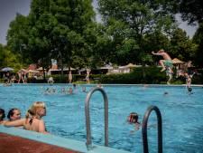 Zwemmen kan weer bij De Zeven Morgen, woensdag nam het maximaal aantal mensen een duik