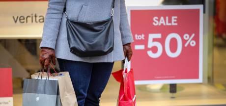 """À l'approche des soldes, les commerçants espèrent encore """"un vrai hiver"""""""