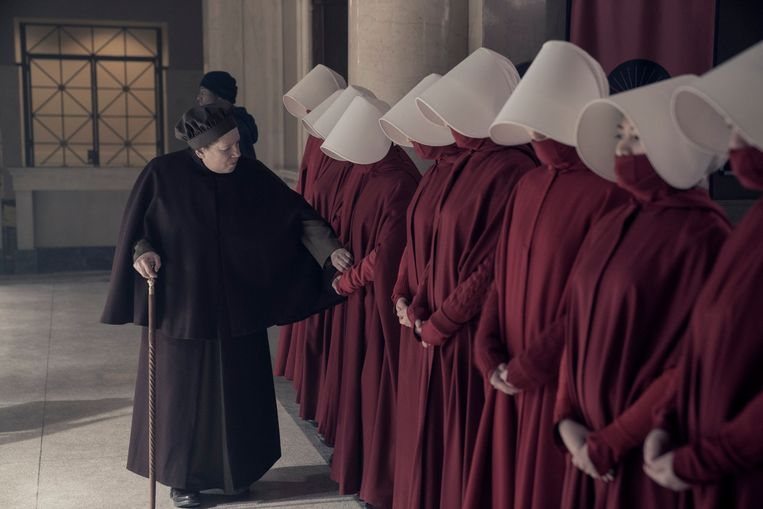 Still uit 'The Handmaid's Tale.' Beeld Photo News