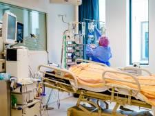 Coronacijfers blijven dalen: minder nieuwe patiënten in ziekenhuis en minder positieve testen
