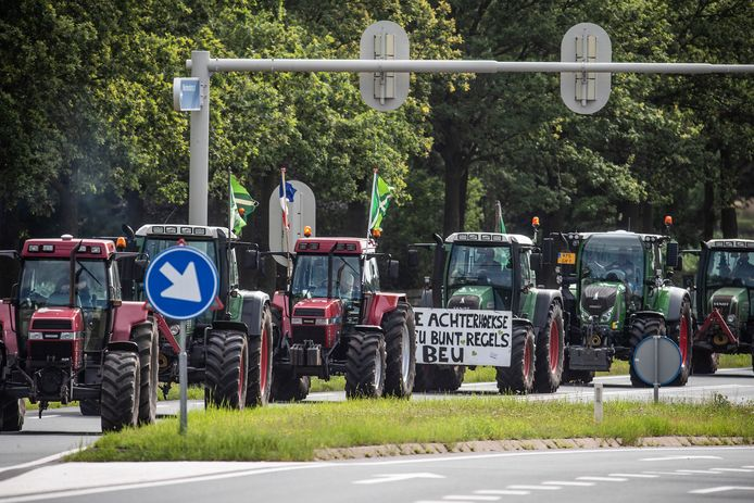 JV 07072021 Varsseveld Nl /  Demonstratie boeren  N18 op weg naar Arnhem / Foto : Jan Ruland van den Brink