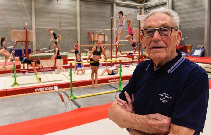 Willy Van Wauwe was tot zijn 95 jaar actief als turntrainer.