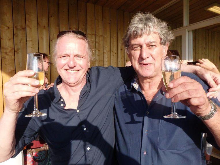 De Commissie Geheim: Joost van Elten (l) en Ronald Nijsen: 'Hij had pas iets in de gaten toen hij zijn vrouw en dochters zag. Die komen normaal nooit' Beeld Schuim