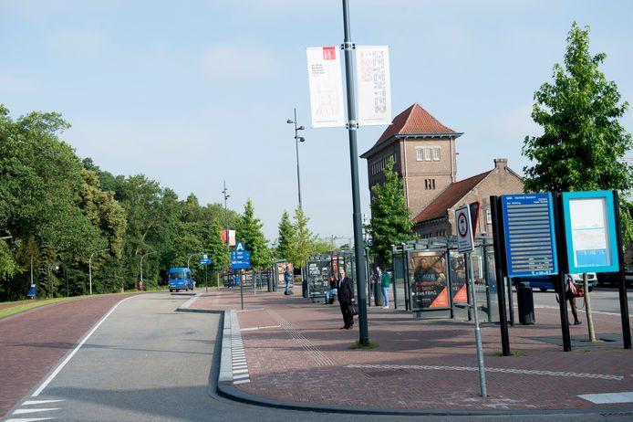 Het is rustig op het busstation van Deventer vanwege de stakingen.