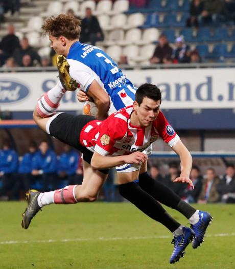 Geen zorgen bij PSV om dipje Lozano: 'Een gesprekje doet vaak wonderen'