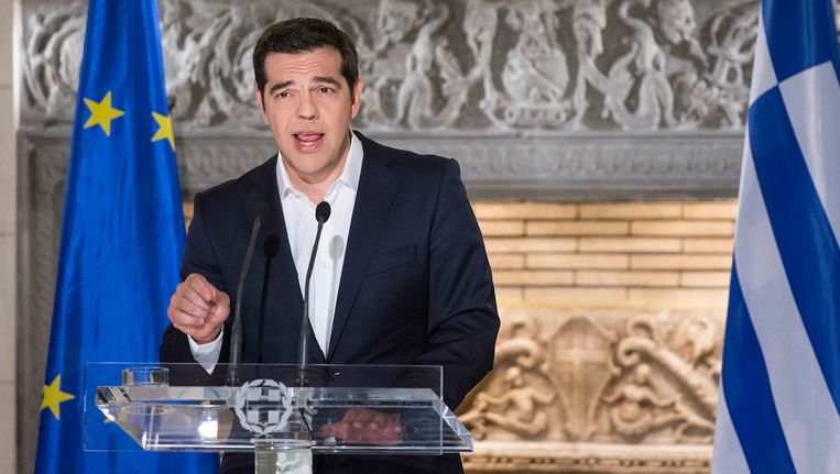 Griekse premier Alexis Tsipras tijdens zijn toespraak. Beeld EPA