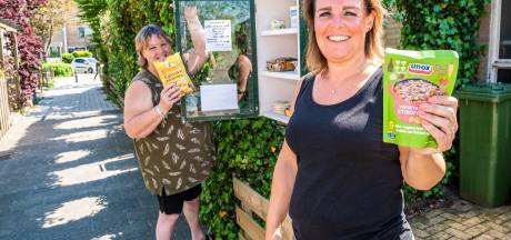 Buurvrouwen Frannie en Barbara vinden weggooien zonde, hun voedselhuisje helpt ook mensen die het krap hebben