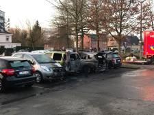 Vier auto's beschadigd door brand dicht bij station Gent-Sint-Pieters