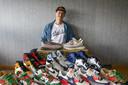 Rogier van Veen (39) heeft rond de honderd paar sneakers in zijn bezit.