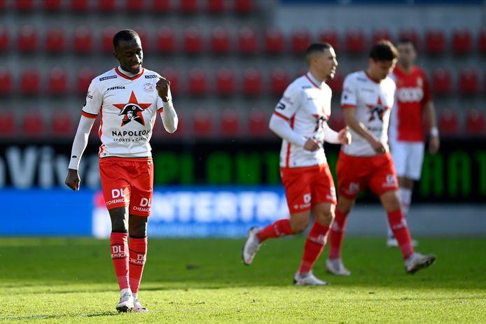 Un but, un assist: Jean-Luc Dompé s'est régalé contre son ancien club.