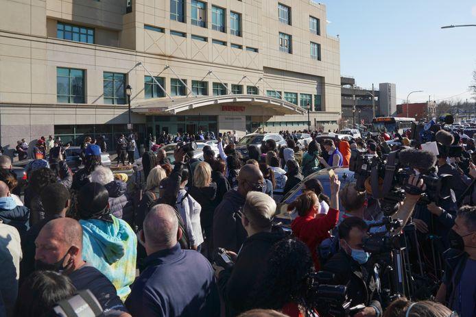 De wake voor het White Plains ziekenhuis in New York.