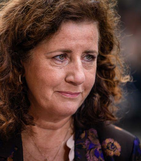 Minister over motie tegen leenstelsel: 'Een heel mooie nacht voor studenten'