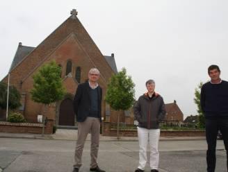 Kerk van De Mokker wordt ontmoetingsruimte voor verenigingen, met onder andere een extra verdieping, keuken, en een bar