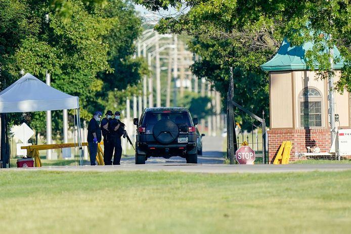 De ingang van  de gevangenis in het Amerikaanse Terre Haute (Indiana) waar Daniel Lee normaal later vandaag een dodelijke injectie zou krijgen.