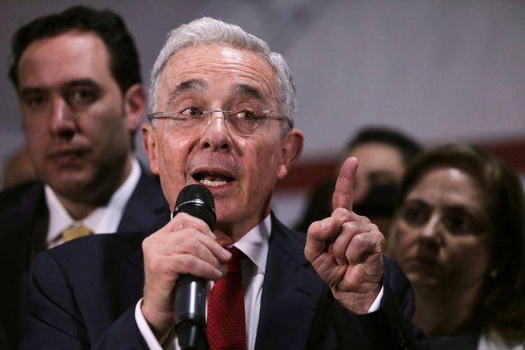 Voormalig president Alvaro Uribe Vélez.  Beeld REUTERS