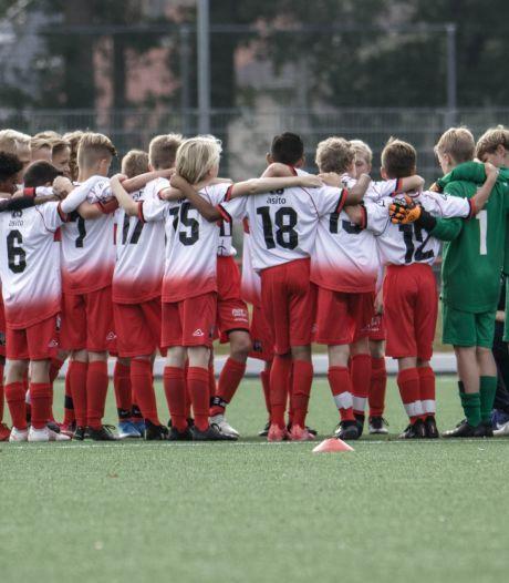 FC Twente/Heracles Academie neemt afscheid van trainer die ook bij Achilles/PFA werkt