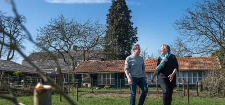In de rij voor een woonboerderij: 'Mensen zijn op zoek naar hun eigen paradijsje'