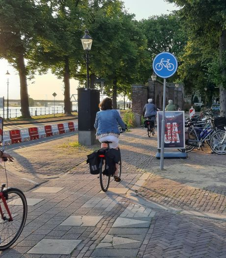 Deventer op z'n smalst; hoe een fietsstrook van 30  meter een soap werd