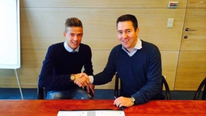 Club geeft zoon van assistent-coach Van den Buijs profcontract