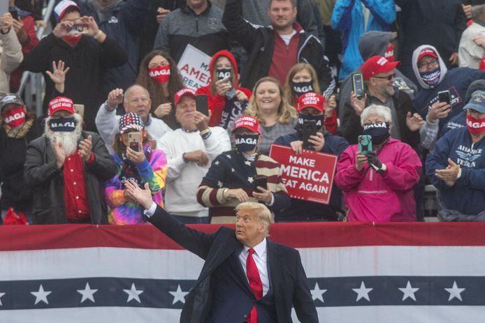 Trump gisteren bij een rally in strijdstaat Pennsylvania.