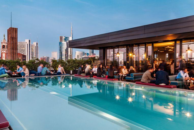 Ceresio 7, een rooftoprestaurant met zwembad. Beeld rv